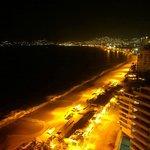 Vista nocturna desde el balcón
