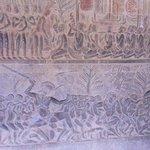 Detalle de los bajorelieves del Paraiso y del Infierno