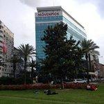 Hotel visto da praça