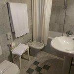 Lovely bathroom, loved the tub! Had a modern (good!) hair dryer