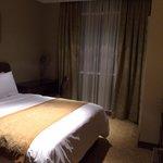 Apartment 2 Bedroom Deluxe - Second Bedroom