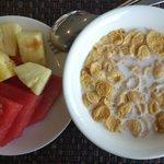 Buffet breakfast round 5
