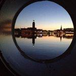 Ore 2,40.... L'alba di Stoccolma dalla stanza 205