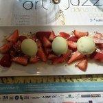 Fraises - vinaigrette miel - huile d'olive - sorbet citron vert