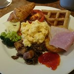 Complementary breakfast buffet at Katong Kitchen