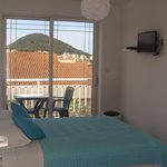 double room with balcony & shared kitchen