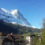 Vue sur la face Nord de l'Eiger depuis le jardin