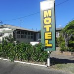 Big Motel Sign