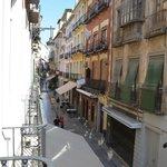 Blick vom Zimmer auf die Calle Navas