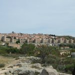 Las murallas desde la ruta de ingreso a Avila