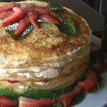 White chocolate with strawberries and mint crepe cake