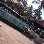 Anantara rooms and pool area
