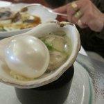 huître et sa perle avec fumée de bois de hêtre emprisonnée