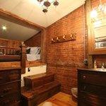 Penns Creek Room - Lofted Queen Bed