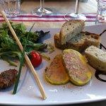 foie gras de canard mi-cuit et chutney de dattes