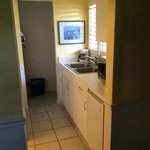 Kitchen area: Sink / Fridge / Microwave /