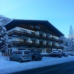 Winterhotel im Schnee...