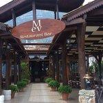 Mev Restaurant & Bar