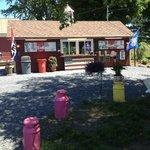 In Season Ice Cream and Snack Shop