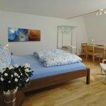 Deluxe Apartment bedroom