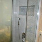Douche chambre 466
