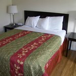 Queen size bed & tables