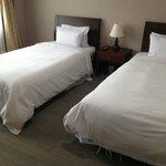 Кровати в номере