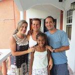 con barbara y su hija nicoleta