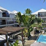 Hotelanlage mit Pool