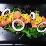 Saumon gravelax, vinaigrette aux agrumes