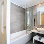 Double Room bathroom