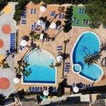 Vue panoramique des piscines
