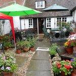 Deblyns Teashop & Garden