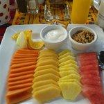 Boa fruta ao P.almoco o preferido da Goreti & Isabel