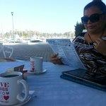 Un rico desayuno en cafetería my love.