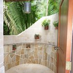 outdoor shower (there is one in the suite also)
