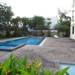 swimming pool - not impressive