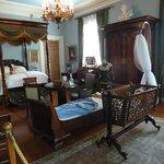 uno de los dormitorios en la Casa de la Plantacion Oak Alley