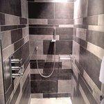 Luxury Room - Walk in shower