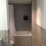Room 362 bathroom