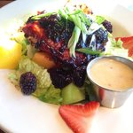 Blackberry barbecue salmon salad