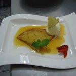 Crespelle d'Arancia Ribiene di Mielecon gelato di Crema