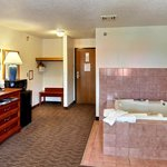 Single King Jacuzzi Room