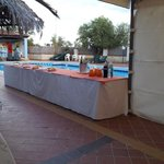 buffet bordo piscina