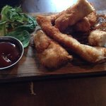 Chimney chicken dippers with BBQ sauce & sweet chilli sauce, excellent!!