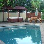 Swimming pool & spa pool