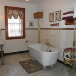 Presidents' Room Bathroom