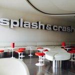 Splash and crash bar