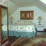 Summer House master bedroom
