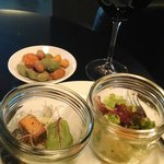 Appetizer service in the Club Lounge
